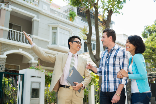 When Showing your Home – Should You Stay or Should You Go?